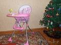 продам детскую коляску и стул для кормления